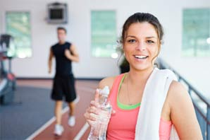 gezondheid-vrouw-in-fitness