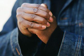 De waarheid over knakkende vingers