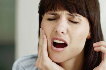 Gevoelige tanden, wat kun je eraan doen?