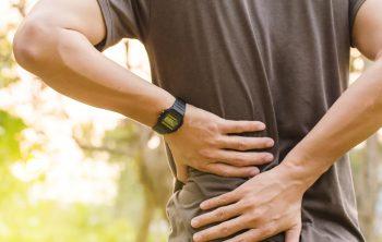 Spondylolisthesis kan de oorzaak van je lage rugpijn zijn
